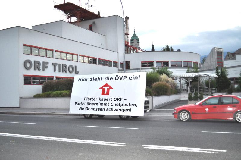 Aktionismus der Liste Fritz vor dem ORF Tirol