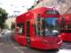 Eine Tram der Innsbrucker Verkehrsbetriebe