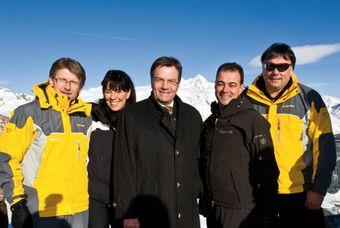 Schultz mit Vertretern der Tiroler Landesregierung