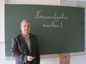Liste Fritz Abgeordneter Gottfried Kapferer in der Schule