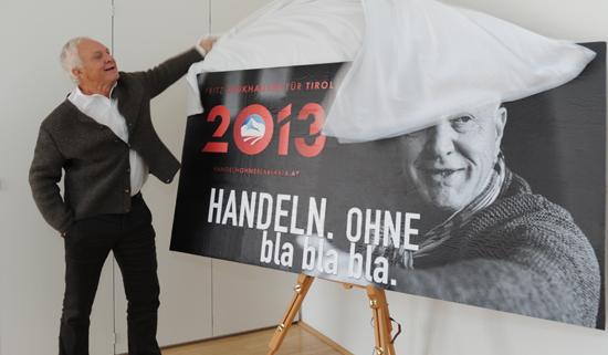 Fritz Dinkhauser enthüllt eine neue Plakatkampagne