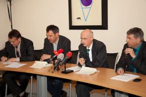 Die Tiroler Opposition bei einer gemeinsamen Pressekonferenz