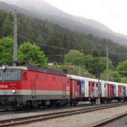 Ein Zug in Osttirol