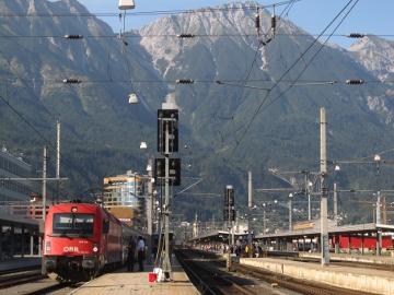 Der Direktzug Lienz-Innsbruck am Innsbrucker Hauptbahnhof