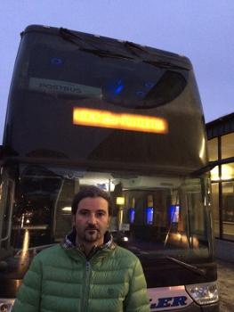 Markus Sint vor dem Ersatzbus nach Lienz