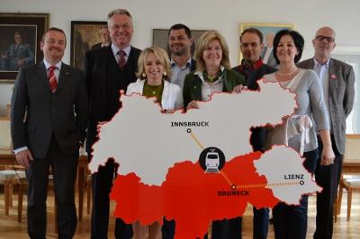 Gemeinschaftsantrag für den Direktzug Lienz-Innsbruck