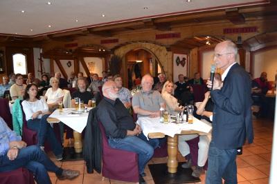 Info Tour zum Agrarunrecht mit Andreas Brugger