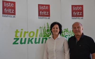 Andrea Haselwanter-Schneider und Helmut Zander bei einer Pressekonferenz