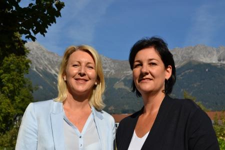 Isabella Gruber und Andrea Haselwanter-Schneider von der Liste Fritz
