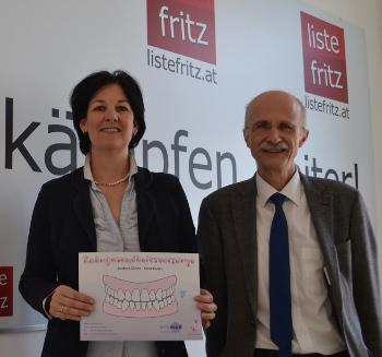 Andrea Haselwanter-Schneider und Andreas Brugger bei einer Pressekonferenz