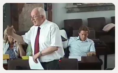 Herwig van Staa bei seiner Rede im Landtag