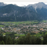 Der Blick auf den Lienzer Talboden in Osttirol